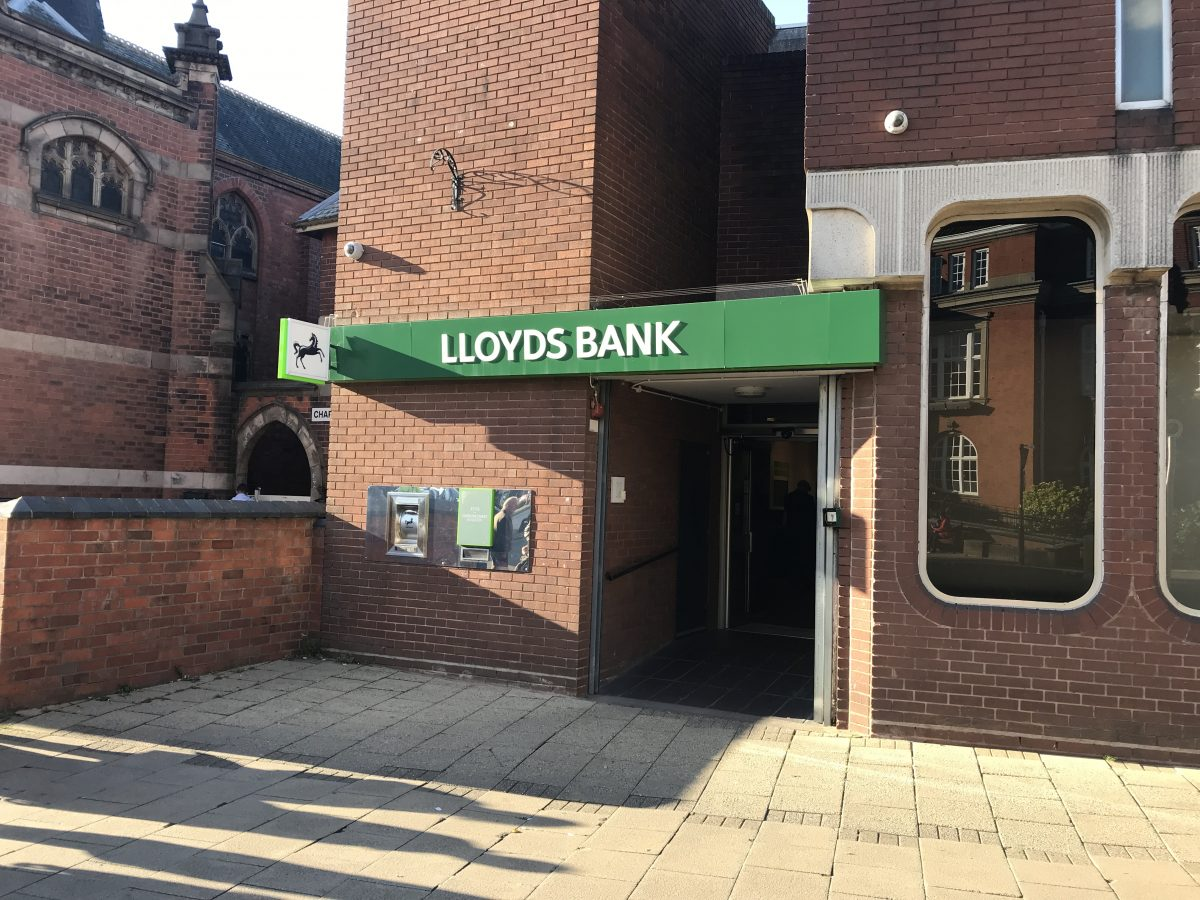 Lloyds Bank-Nuneaton